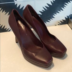 Gucci for Saks Fifth Avenue Maroon heels